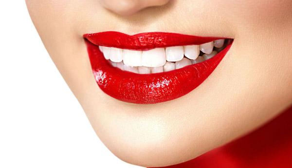 otbelivanie-zubov-v-kieve-sm